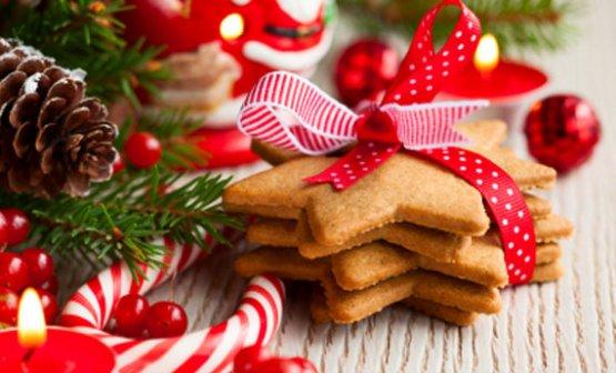 dolci e addobbi di Natale
